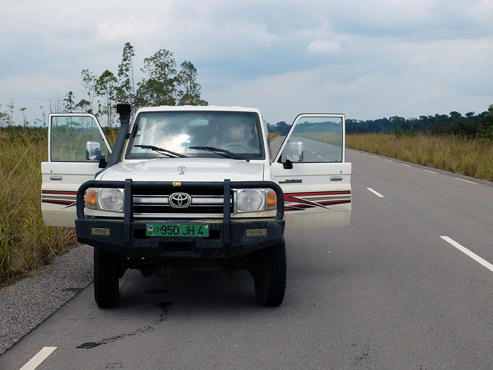 Carretera de Brazzaville a Odzala | Sawa Expeditions